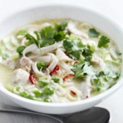 ZTRDG: Thaise soep met kip, noedels en groenten
