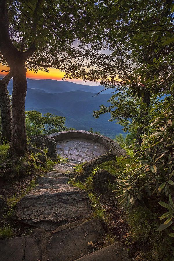 ~~Steps To A View | sunrise, steps leading to the Chestoa Overlook  along the Blue Ridge Parkway, North Carolina | by Andrew Soundarajan~~
