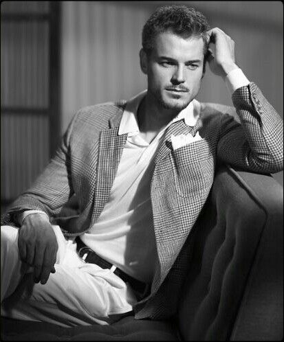 Eric Dane...now why can't he be the leading role for Christian Grey.