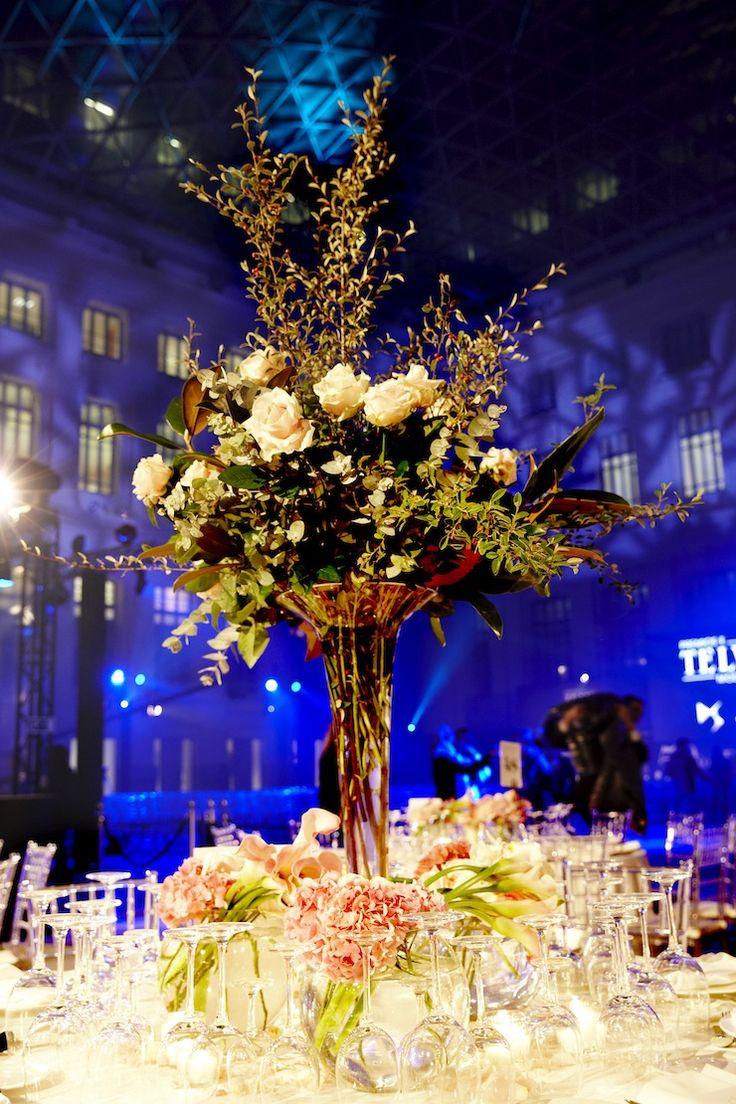 Premios de Moda Telva 2013 - Arreglo de rosas blancas, eucalipto, magnolio y durillo | Bourguignon Floristas