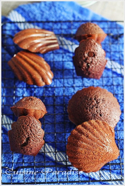 Chocolate MadeleinesAllowance, Cuisine Paradise, Food Blogs, Cravings Cravings, Singapore Food, Chocolatier, Cookies Recipe, Chocolates Madeleine, Batter