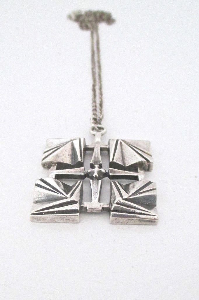 Pentti Sarpaneva for Turun Hopea, Finland - vintage silver pendant #Finland #necklace #pendant