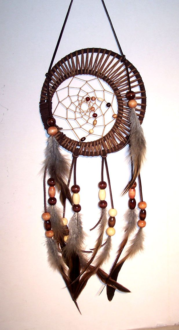 37 best images about god 39 s eye dreamcatchers on pinterest embroidery hoops feathers and tree. Black Bedroom Furniture Sets. Home Design Ideas