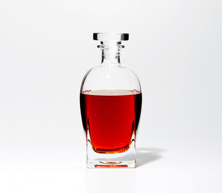 Maybe you don't have a bar cart, much less a bar. That's okay. A crystalized glass Spirit Decanter with a smooth pour is a stellar place to start.