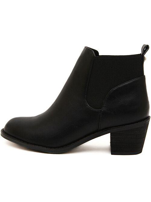 Чёрные ботинки с бахромой