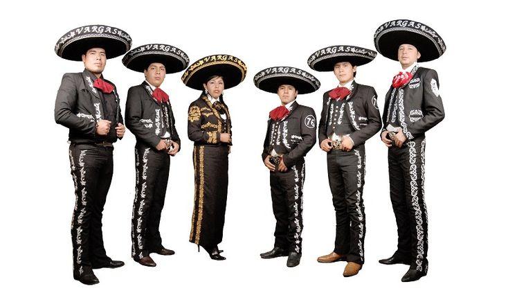 Vestimenta de los charros o mariachis: Costumbres mexicanas # Si queremos aprender sobre la vestimenta de los charros y mariachis, primero tendremos que saber de qué tratan. El mariachi es un símbolo de México y las personas que se dedican a ser mariachis lo ... »