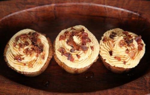 Peanut butter bacon cupcakes | Sweetness | Pinterest