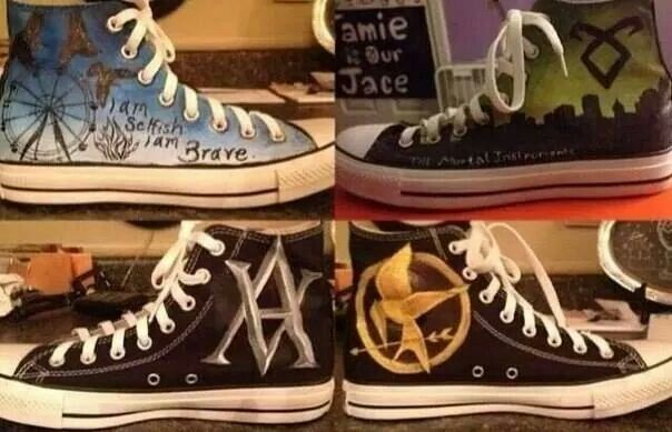 Divergent,  The Mortal Instruments, Vampire Academy & The Hunger Games