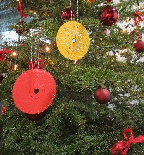 Grundschule Weihnachtsschmuck #Bastelideen Gestaltungsidee #Advent #Weihnachten #Grundschule Klassenzimmer