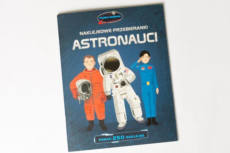książki o kosmosie z naklejkami