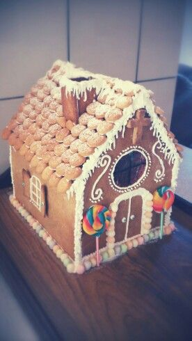 My first attempt at making a gingerbread house :)