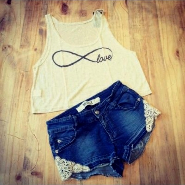 Love this infinity shirt and Aeropostale shorts