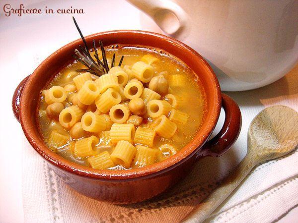 http://blog.giallozafferano.it/graficareincucina/pasta-e-ceci/