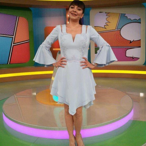 Evrim Akin'in enerjisi Alchera'ya çok yakıştı.☺️   #cocuktanalhaberi #showtw #cyapım #evrimakın #anneçocuk #annecocukkombin Delete Commentalcheracom#Alchera #Alcheracom #KelebeginSarkisi #ButterflySong #AlcheraButterflySong #AlcheraKelebeginSarkisi #Spring #Summer #Elbise #Abiye #Style #Stylish #Pretty #Model #Dress #Shoes #Heels #Fashiondiaries #Wearitloveit