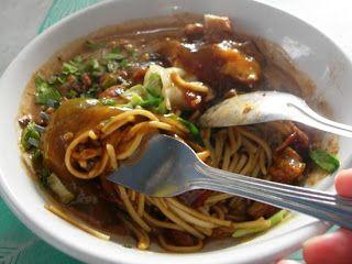Resep Cara Membuat Mie Ongklok http://resepjuna.blogspot.com/2015/10/resep-mie-ongklok-khas-wonosobo-asli-bgt.html Wonosobo Masakan Indonesia
