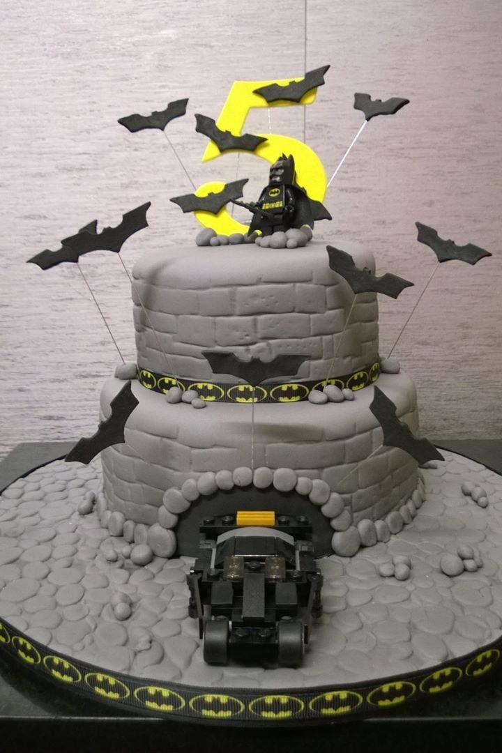 Lego/batman cake
