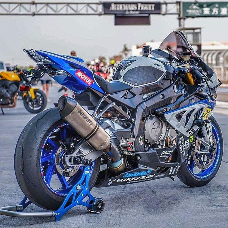 Yes or no? #HP4#BMW#chairellbikes4life