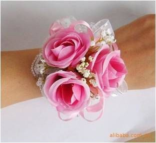 BR-11. Pink roses