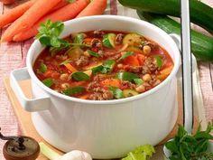 Blitz-Suppe mit Hack - Unsere Blitz-Suppe mit Hack ist das Lieblingsrezept unserer Leser. Zu Recht, denn nicht nur, dass die Suppe lecker schmeckt, sie hilft auch beim Abnehmen.