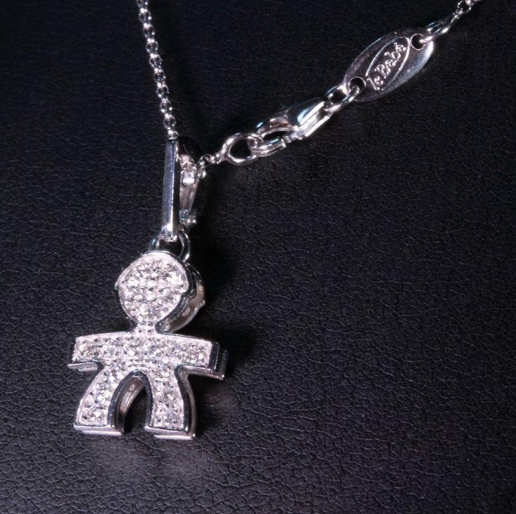 Collana leBebé con ciondolo Bimbo Pavè.Ciondolo leBebé femminuccia in oro bianco 18 kt completamente ricoperto di diamanti con catenina in oro bianco.