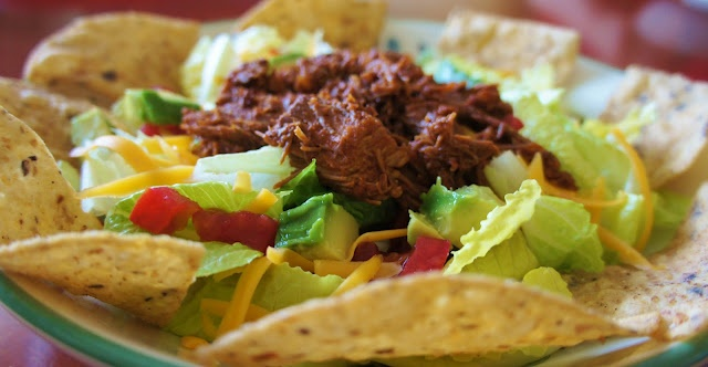 Slow Cooking: Recipe for Slow Cooker Beef Enchilada Salad: Crock Pots, Slow Cooking, Slow Cooker Recipes, Crockpot Recipes, Slow Cooker Meals, Slow Cooker Beef, Enchiladas Salad, Cooking Recipes, Beef Enchiladas