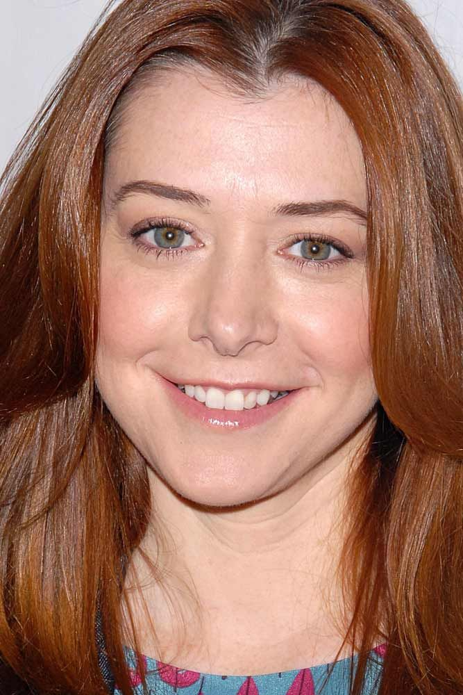 Alyson Hannigan With Heart Face Shape Alysonhannigan Celebrity Heartface Heart Face Shape Oval Face Shapes Face Shapes Guide