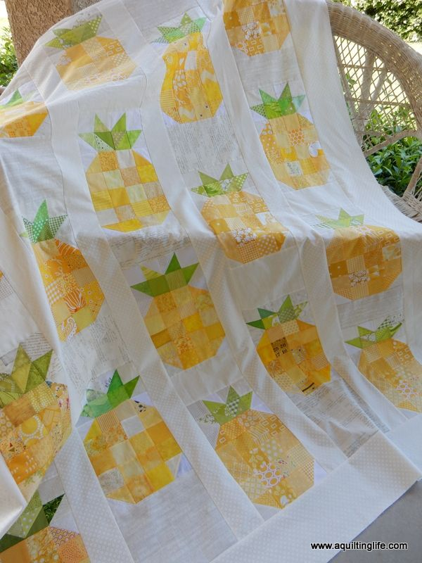 Pineapple Quilt Top | A Quilting Life - a quilt blog Pineapple quilt with link to the free pattern.