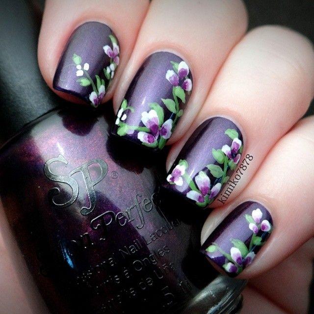Purple, flowers nails.   Instagram by kimiko7878 Nail art. Nail design. Polishes.  Polish. Polished.