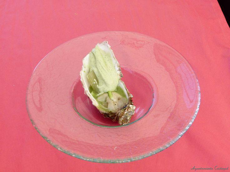 Creaciones a base de ostras  . #Ostras #oyster #festivaldelaostradecastropol