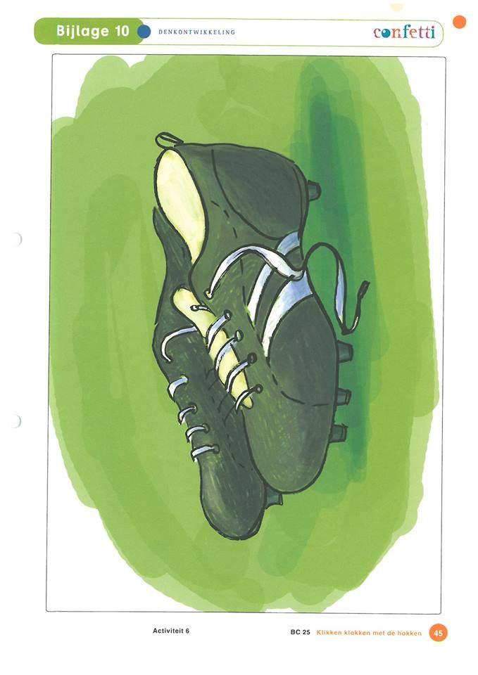 Soorten schoenen: voetbalschoenen.