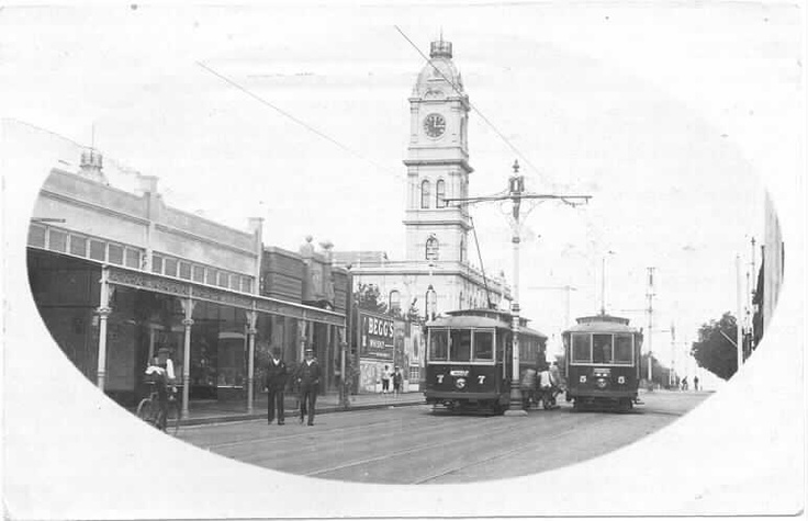 High Street looking east towards Glenferrie Road and the Malvern Town Hall, 1911.