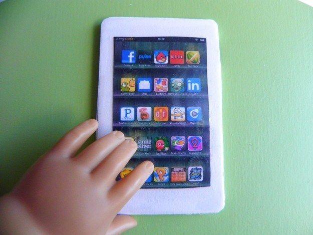 iPad Or Tablet   39 American Girl Doll DIYs That Won't Break The Bank