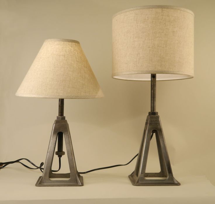 Table lamp repurposed from a car jack