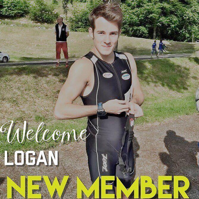 Bienvenu à Logan dans la Team. . Logan est actuellement en STAPS (L3) à l'Université d'Orléans spécialité entraînement sportif. il s'entraîne entre 6 et 9 fois par semaine en course à pied (plus un entraînement de natation). Il fait du cross long du 10km et du 3000m steeple. . Son objectif est d'arriver au meilleur niveau dont il serait capable une place parmis l'élite française. . Il commencé Herbalife très récemment grâce à son ami et partenaire d'entraînement Axel Lafosse. Faisant…
