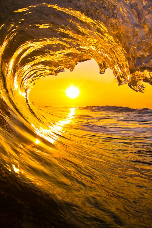 //Waves & Golden Sunset #photography #breathtaking