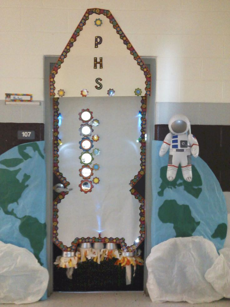 Decorating A Space Themed Classroom ~ Welcoming door for space theme classroom rymden pinterest