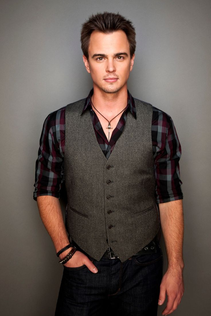 Darin Brooks plays Wyatt in The Bold and the Beautiful. Description from seniorjournalism.com. I searched for this on bing.com/images