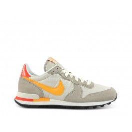 half off 5b0c5 728f9 ... Nike Wmns Internationalist (altweissbeigeorange) World of Shoes  Pinterest ...