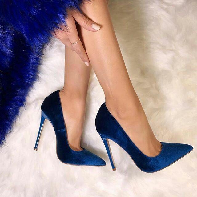 Navy blue velvet heel shoes   Heels
