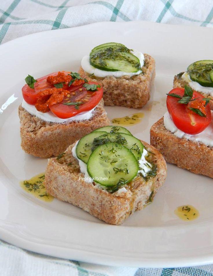 Ιδέες για ελαφρύ γεύμα http://greekmylittleexpatkitchen.blogspot.gr/2015/06/blog-post.html