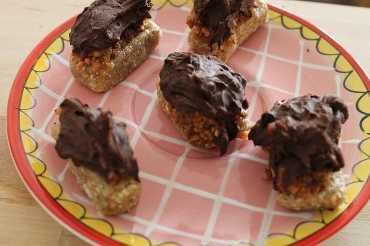 Kelly Caresse | Recept voor gezonde twix chocolade repen