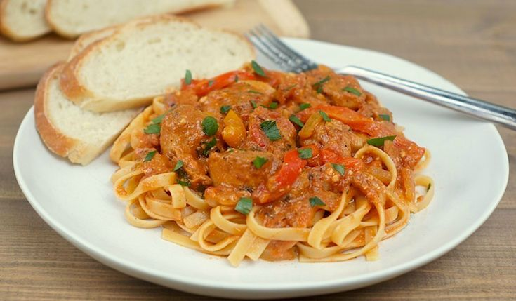 slow-cooker cajun chicken pasta {to make with gluten free pasta} from @amy @ fearless homemaker