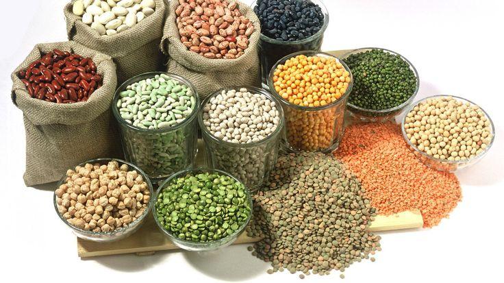 Lebensmittel aus aller Welt sind nicht nur in Fachgeschäften, sondern auch in vielen Supermärkten erhältlich. Worauf sollte man beim Einkauf achten? Wie werden die Zutaten optimal gelagert? Und was lässt sich Leckeres daraus zubereiten?