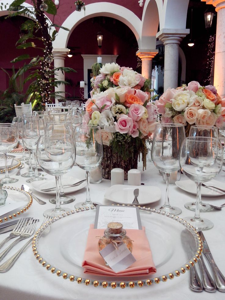 Las Rosas, el detalle clásico que realza todo evento.