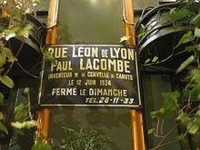 Plaque à Lyon, évoquant Paul Lacombe, inventeur de la cervelle de canut.