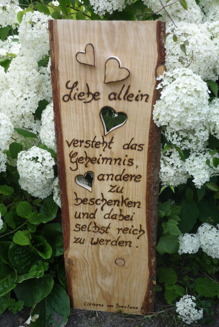 Holzschild ,rustikales Holzbrett neu in Szene gesetzt von Annegret Lindhorst bei DaWanda.com