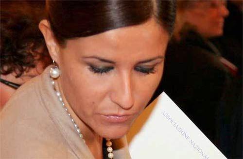Cinquew News: Nuova sentenza sul divorzio, Lorenza Morello: si r...