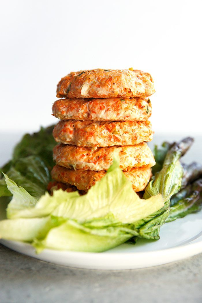 Healthy Buffalo Chicken Burgers (Paleo-Friendly and Whole30) | Lexi's Clean Kitchen