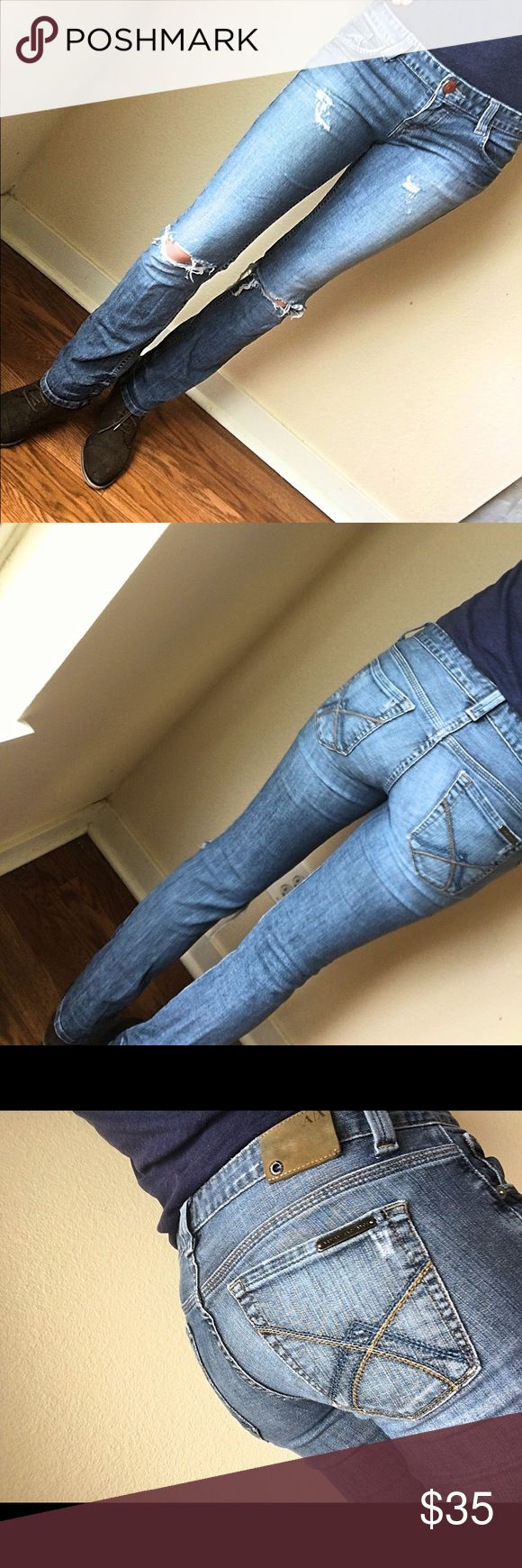 Armani Exchange straight jeans retail price 150.00 Armani Exchange jeans style: straight size: 4 inseam: 29 materials: 98% cotton 2% Elastane Pre-owned excellent condition looks new no stains A/X Armani Exchange Jeans Straight Leg