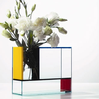 30 unusual and modern flower vase designs you'll love